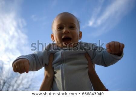 kéz · fiatal · baba · szeretet · gyermek · élet - stock fotó © pasiphae