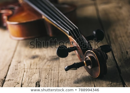 Antieke viool boeg houten tafel muziek achtergrond Stockfoto © Roka