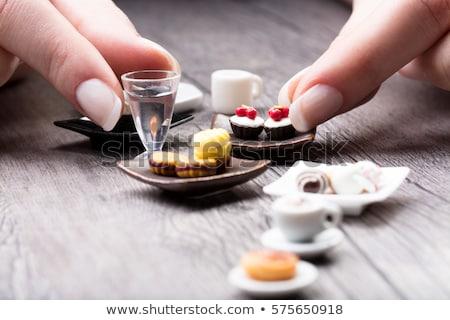 Stock fotó: Nő · szőlőszüret · felfelé · csésze · tea · asztal