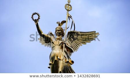 Berlim atravessar ouro silhueta sucesso história Foto stock © almir1968