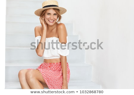 fiatal · nő · érzés · szabad · kint · nő · mosoly - stock fotó © vlad_star