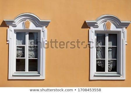 windows · verona · parede · arquitetura · europa · estilo - foto stock © alessandro0770