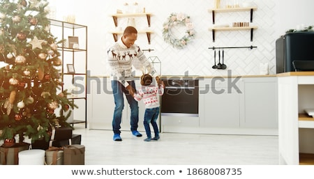 familie · genieten · christmas · vrolijk · gelukkig · vakantie - stockfoto © choreograph