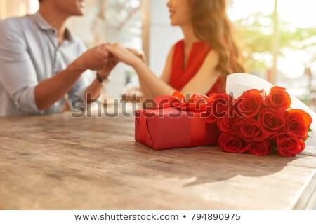 Stockfoto: Paar · tabel · man · gelukkig · glas · restaurant