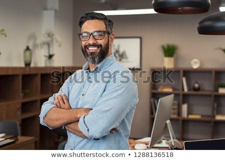 indian · zakenman · denken · aantrekkelijk · laat · dertigers - stockfoto © pazham