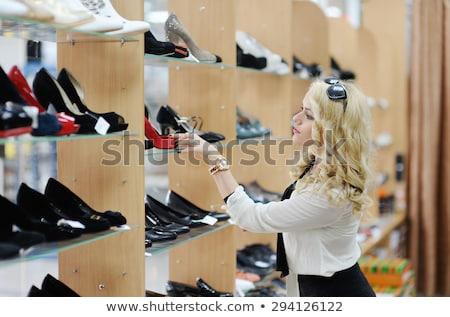 Scarpe boutique bella ragazza bianco ragazza Foto d'archivio © ssuaphoto