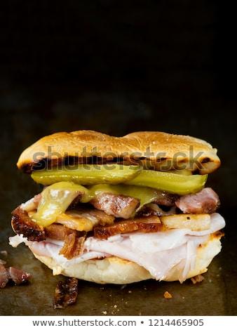Rustiek cubaans sandwich voedsel hart Stockfoto © zkruger