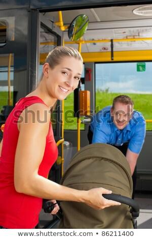 バス ドライバ 支援 搭乗 優しい 駅 ストックフォト © Kzenon