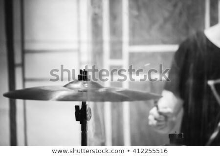 trommelaar · spelen · drums · vrouwelijke · vrouw · meisje - stockfoto © nelsonart