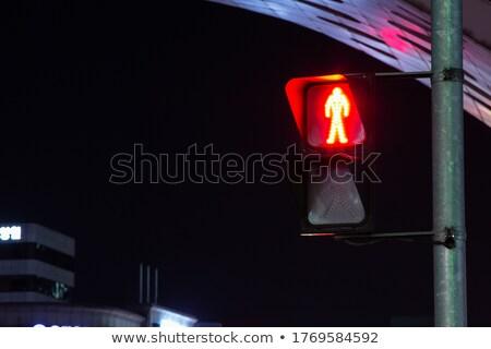 Piros gyalogos közlekedési lámpa autópálya kód forgalom Stock fotó © dolgachov