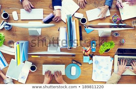 nő · dolgozik · laptop · cetlik · asztali · felső - stock fotó © andreypopov