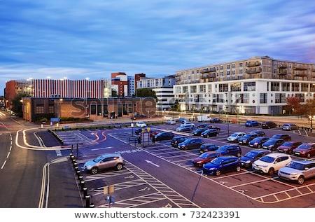 Aparcamiento noche moderna edificios coche carretera Foto stock © cozyta