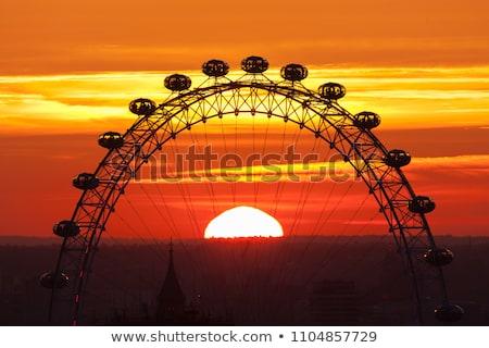 Londres oeil thames rivière coucher du soleil ciel Photo stock © Nejron