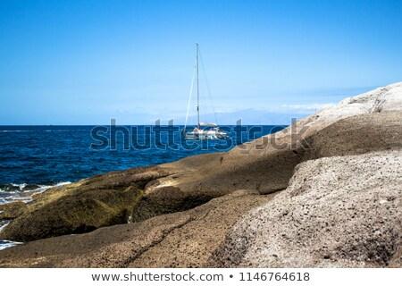 Stok fotoğraf: Yat · kıyı · deniz · manzarası · yaz · mavi · seyahat