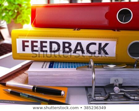 Amarelo anel comentários trabalhando tabela Foto stock © tashatuvango