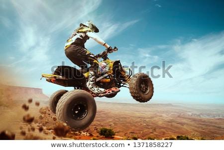 Férfi lovaglás motorbicikli bicikli extrém sportok Stock fotó © robuart