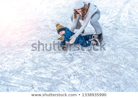 Winter stad park kinderen ijs Stockfoto © robuart