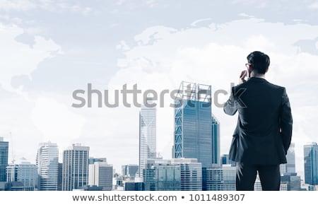 elegante · uitvoerende · man · mobieltje · portret · kantoor - stockfoto © photography33