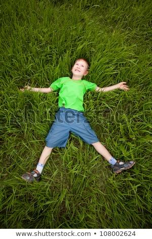 piccolo · ragazzo · erba · verde · foto · cute · piccolo - foto d'archivio © andreykr