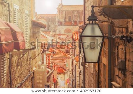 Keskeny utca öreg város Dubrovnik Horvátország Stock fotó © vladacanon