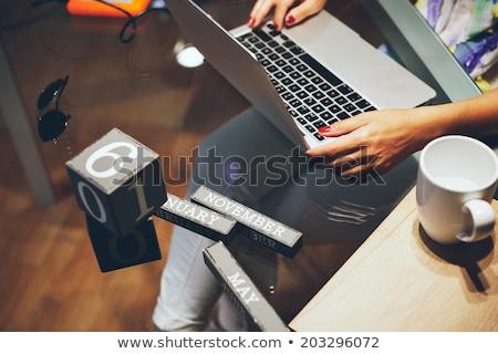 Mujer atractiva de trabajo portátil casa sexy feliz Foto stock © wavebreak_media