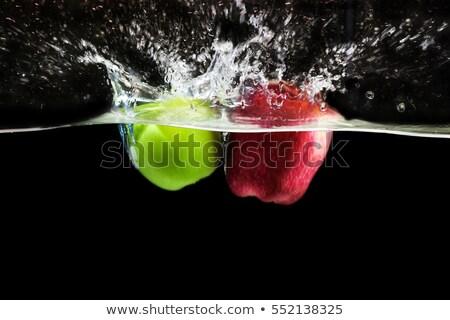 mokro · czerwone · jabłko · dojrzały · starych · żywności - zdjęcia stock © digifoodstock