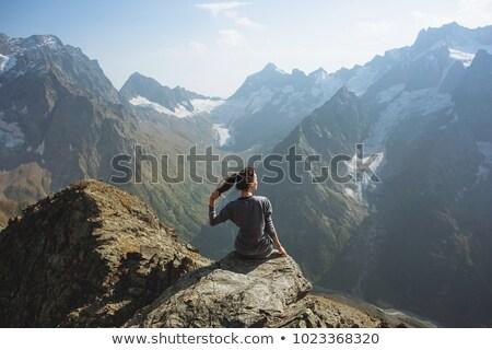 счастливая девушка турист горные Top пеший турист Adventure Сток-фото © blasbike