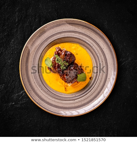 Sığır eti yanaklar yeşil baharatlar güveç gıda Stok fotoğraf © grafvision