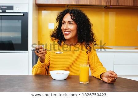 美しい 幸せ 黒人女性 朝食用シリアル 小さな 巨大な ストックフォト © darrinhenry