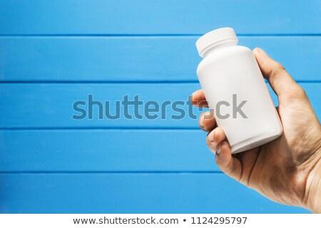 Médication texte main pilule médicaments Photo stock © deyangeorgiev