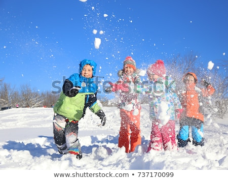 Kid jouer neige bébé beauté amusement Photo stock © photography33