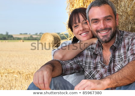 couple · domaine · arbre · herbe · homme · nature - photo stock © photography33