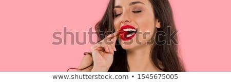 イチゴ · フルーツ · 女性 · 口 · ピンク - ストックフォト © photography33