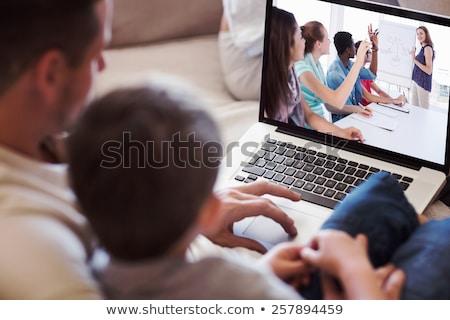 семьи · комнату · ноутбука · улыбаясь · жизни · люди - Сток-фото © wavebreak_media