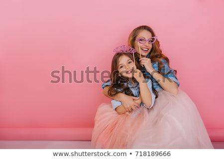 смешные ребенка моде матери кровать довольно Сток-фото © deandrobot