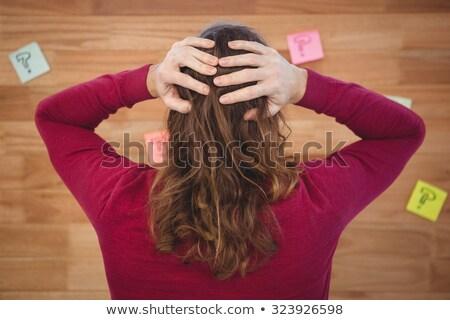 Man handen permanente sticky notes achteraanzicht achter Stockfoto © wavebreak_media