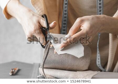 Fabrication machine à coudre sacs accent femme blonde Photo stock © Traimak