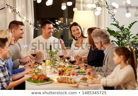 Avó neto jantar casa família férias Foto stock © dolgachov