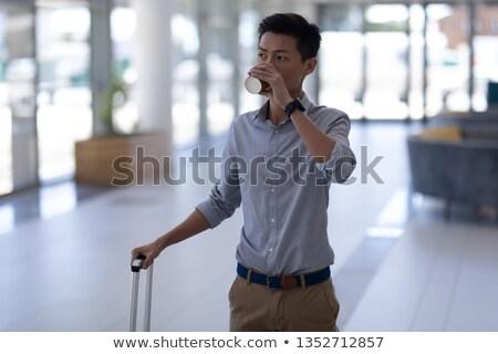Frente vista jóvenes Asia masculina ejecutivo Foto stock © wavebreak_media