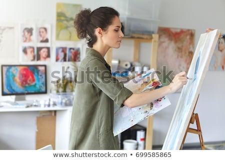 gelukkig · vrouwelijke · kunstenaar · tekening · potlood · kunst - stockfoto © deandrobot
