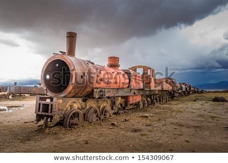 oude · roestige · trein · locomotief - stockfoto © daboost