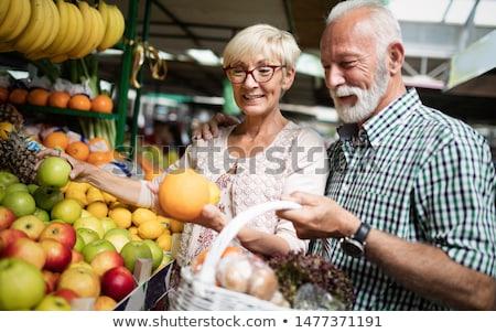 senior · mulher · maçã · dieta · mulheres - foto stock © boggy