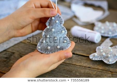 Kicsi karácsony gyöngyök asztal fölött lövés Stock fotó © dash