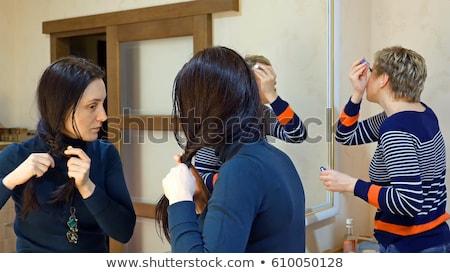 Piękna dziewcząt szczęśliwy znajomych mówić plotka Zdjęcia stock © diego_cervo