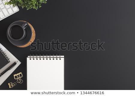 дневнике · пер · чашку · кофе · ноутбука · таблице · компьютер - Сток-фото © karandaev