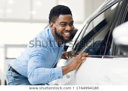 Jonge eigenaar man auto weg leuk Stockfoto © Lopolo