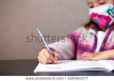 女学生 少女 マスク 勉強 宿題 ホーム ストックフォト © Illia