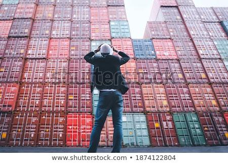sobrecarregado · trabalhador · mão · laptop · empresário · secretária - foto stock © photography33