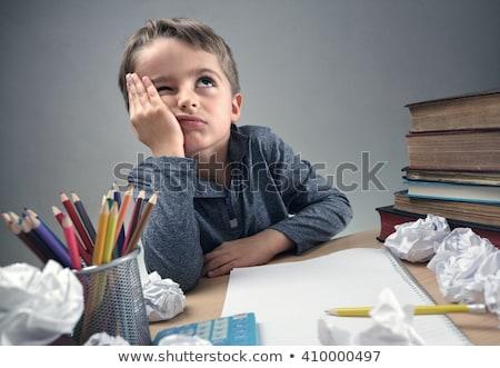 Stock foto: Gelangweilt · Kind · Studium · Buch · Schule · Schreibtisch