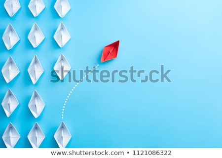 紙 · 船 · 小 · 白 · 青 · 水 - ストックフォト © cosma